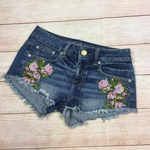 American Eagle Mid Rise Short Cut Off Jean Shorts